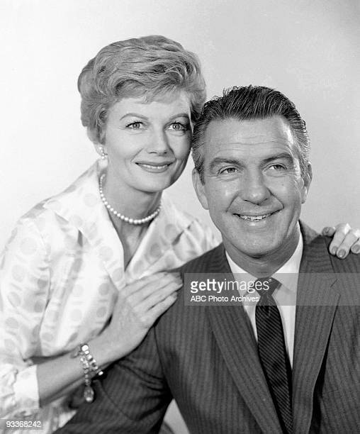 BEAVER Gallery 19581959 Barbara Billingsley Hugh Beaumont