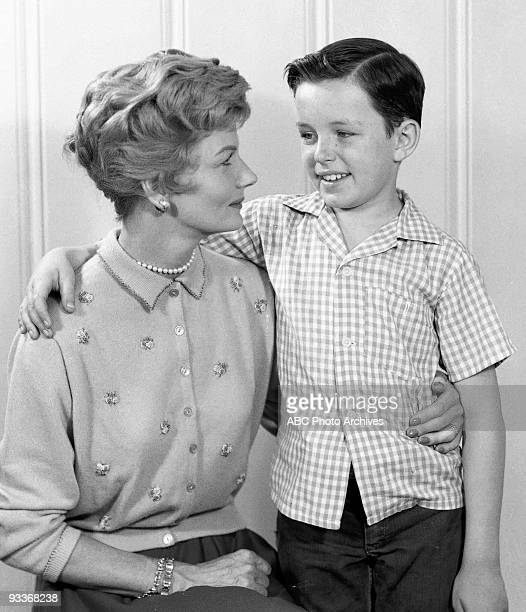 BEAVER Gallery 19581959 Barbara Billingsley Jerry Mathers