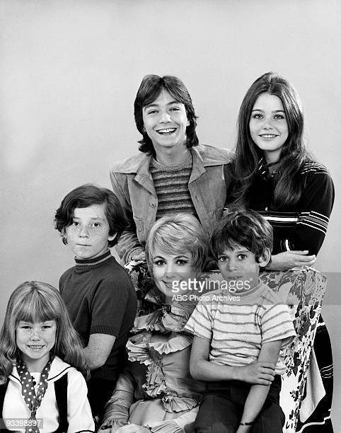 FAMILY Gallery 1970 Suzanne Crough Danny Bonaduce David Cassidy Shirley Jones Jeremy Gelbwaks Susan Dey
