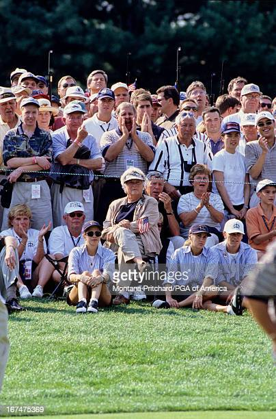 gallery Julie Crenshaw Barbara Bush Saturday foursome matches 1999 Ryder Cup