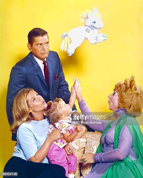 BEWITCHED gallery Season Five 9/26/68 Dick York Elizabeth Montgomery Erin Murphy Agnes Moorehead