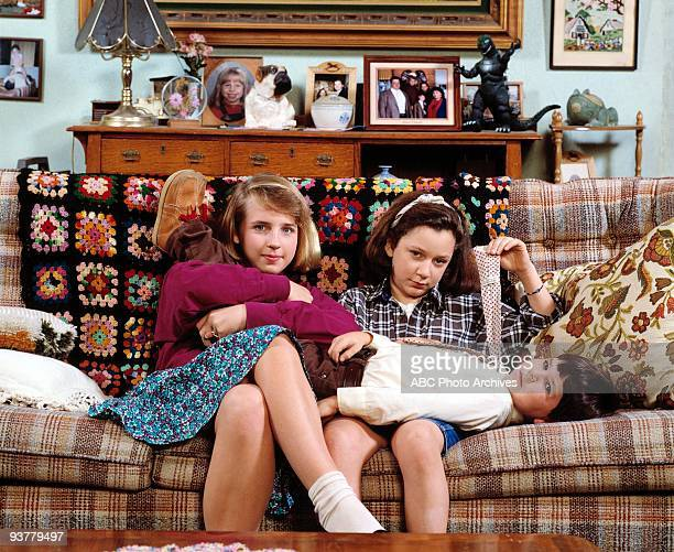 ROSEANNE gallery Season One 11/18/88 Lecy Goranson Sara Gilbert and Michael Fishman were the children of Roseanne and Dan Conner a blue collar family...