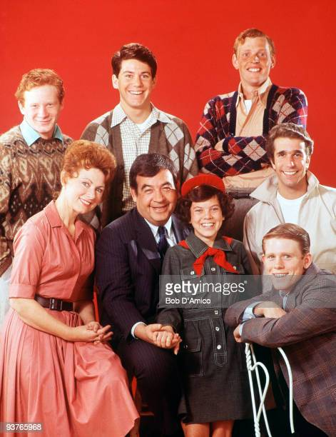 "Gallery - Season One - 1/15/74, One of the most successful series of the 1970s was ""Happy Days"", which was set in the late 1950s, early 1960s in..."