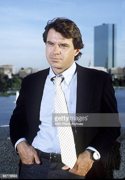 HIRE Gallery Season One 9/20/85 Spenser is a gourmet cook an exboxer and a former Boston policeman When he isn't behind the wheel of his vintage...