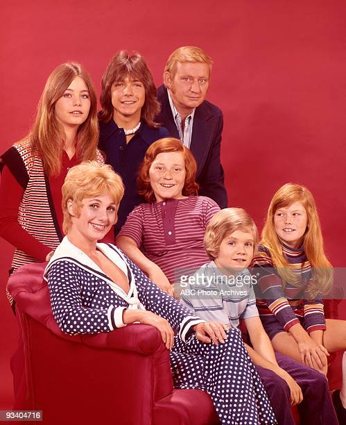 FAMILY gallery Season Two 5/22/72 Susan Dey David Cassidy Dave Madden Shirley Jones Danny Bonaduce Brian Forster Suzanne Crough