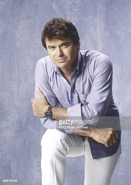 HIRE gallery Season Two 9/27/86 Spenser is a gourmet cook an exboxer and a former Boston policeman When he isn't behind the wheel of his vintage...