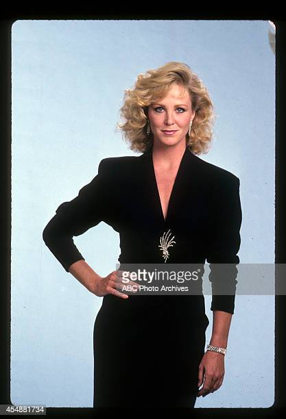 Gallery - Shoot Date: August 28, 1986. JOANNA KERNS