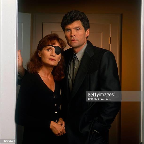 Gallery - Shoot Date: December 19, 1989. WENDY ROBIE;EVERETT MCGILL
