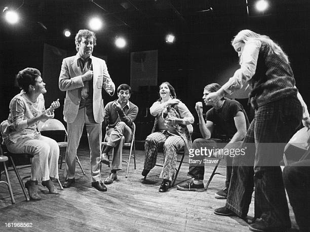 SEP 18 1972 Gallup Lee Dr Adult improv class in a veternary clinic each has an imaginary pet of an unusual nature directed by Dr Lee Gallup