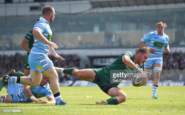 Galway , Ireland - 1 September 2018; Finlay Bealham of Connacht scores his side's second try during the Guinness PRO14 Round 1 match between Connacht...