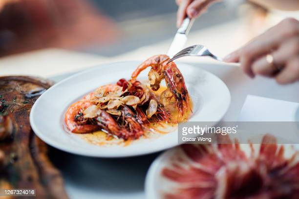 gambas à la plancha (spanish-style grilled shrimps) - food and drink stock pictures, royalty-free photos & images