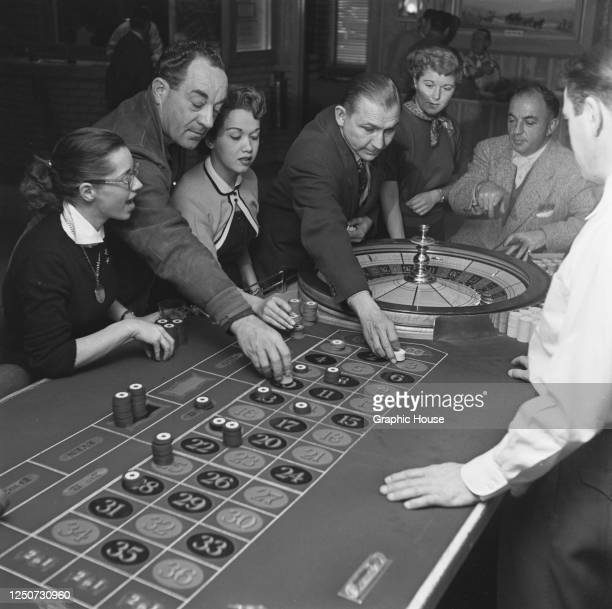 389 Casino Adults 50s Photos And Premium High Res Pictures Getty Images