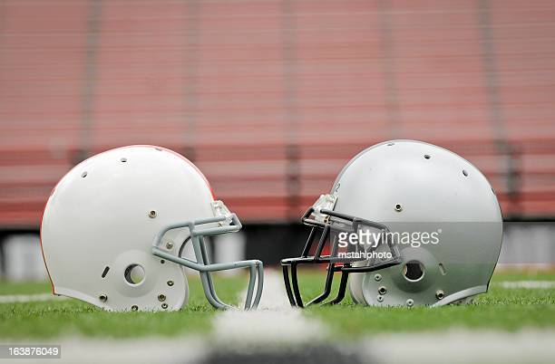 game day match up - football league stock pictures, royalty-free photos & images