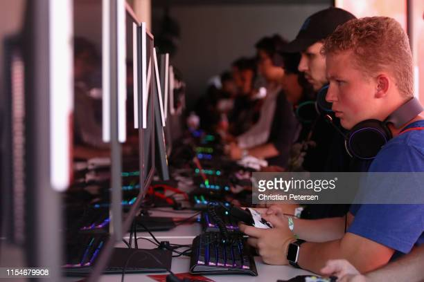 Game enthusiasts and industry play Apex Legends during the EA Play 2019 event at the Hollywood Palladium on June 08 2019 in Los Angeles California