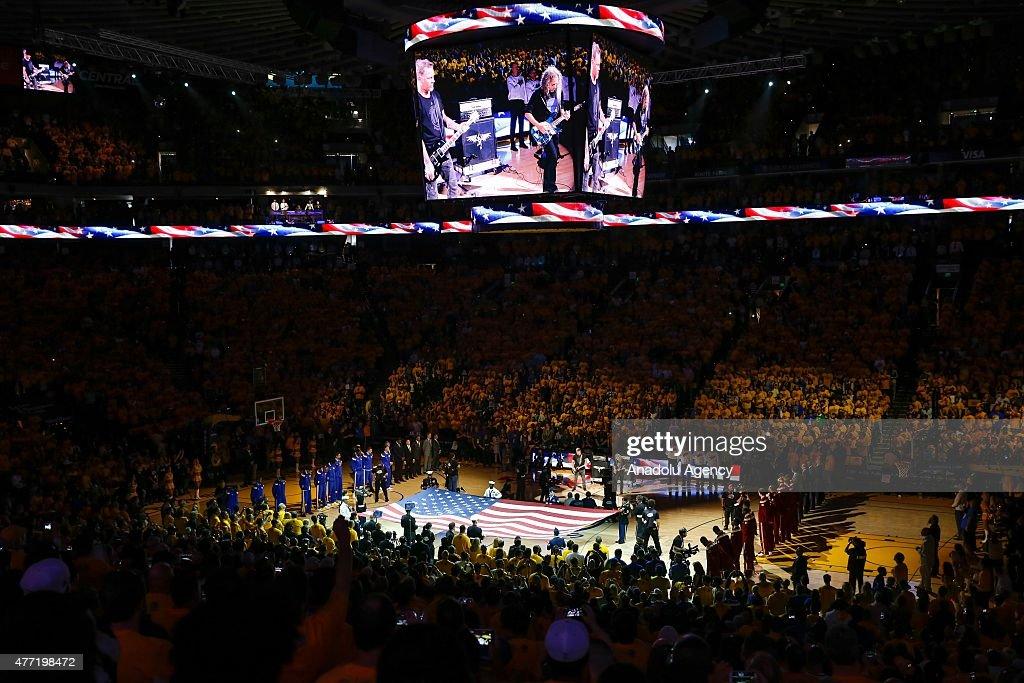 Golden State Warriors v Cleveland Cavaliers - 2015 NBA Finals : News Photo