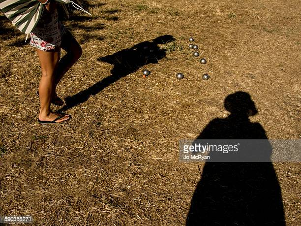 Game of Boules, abstract