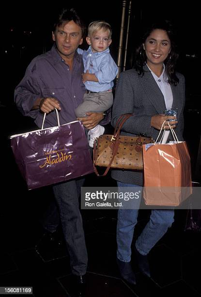 Game Show Host Pat Sajak wife Lesly Brown and son Patrick Sajak attending the premiere of 'Aladdin' on November 8 1992 at El Capitan Theater in...
