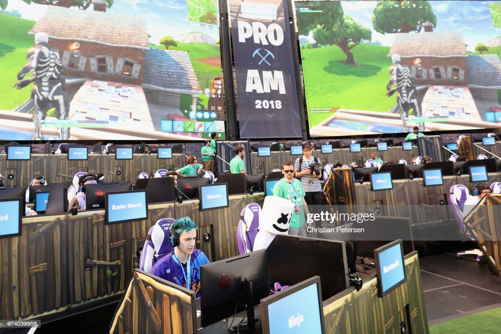 Epic Games Hosts Fortnite Tournament At E3 : News Photo
