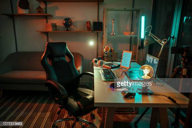 gaming room - domestic room stock pictures, royalty-free photos & images