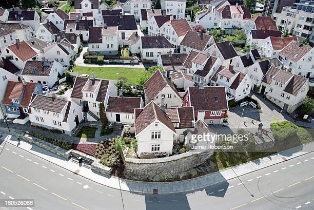 gamle stavanger, norway from above - スタバンゲル ストックフォトと画像