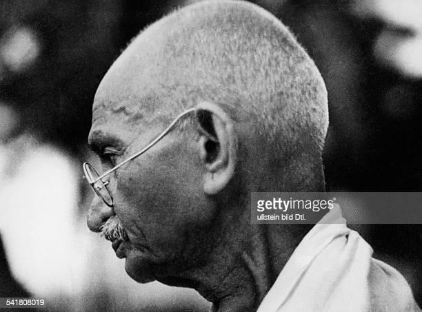 Gandhi Mahatma *02101869Politiker IndienFuehrer der indischen Unabhaengigkeitsbewegung im Profil 1945