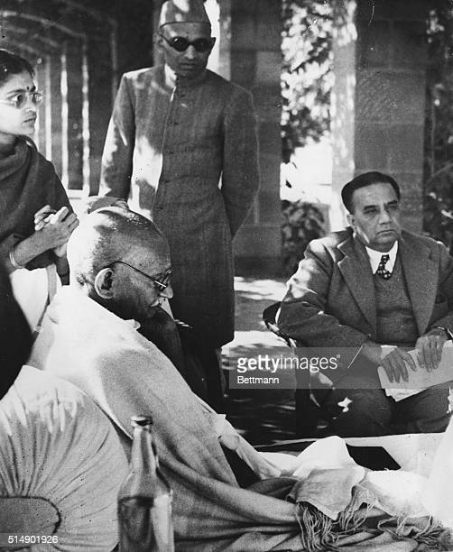 Gandhi Refuses to Abandon Fast On the fourth day of his fast yesterday street fighting broke out between groups of Gandhi supporters and Hindu and...