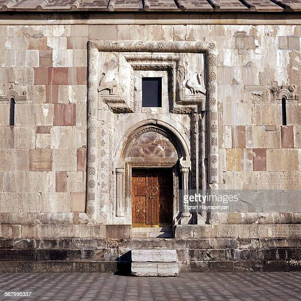 gandzasar monastery doors - bas relief stock pictures, royalty-free photos & images