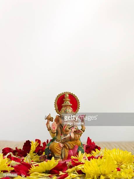 ganesh statuette - dieu hindou photos et images de collection