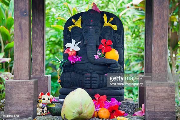 Ganesha Hindu elephant god statue
