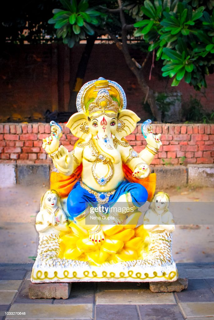 Ganesha Idols For Sale On The Occasion Of Ganesh Chaturthi High Res Stock Photo Getty Images