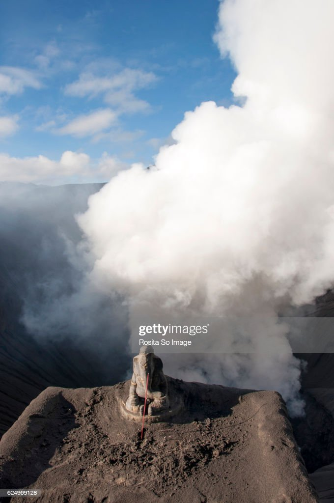 Ganesha Statue At Mount Bromo Java Indonesia High Res Stock Photo Getty Images