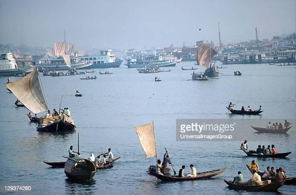 Ganga River Docks Bangladesh Dacca Sailing Boats On The Ganga River