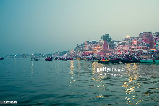 ganga river, varanasi - ganges river stock pictures, royalty-free photos & images