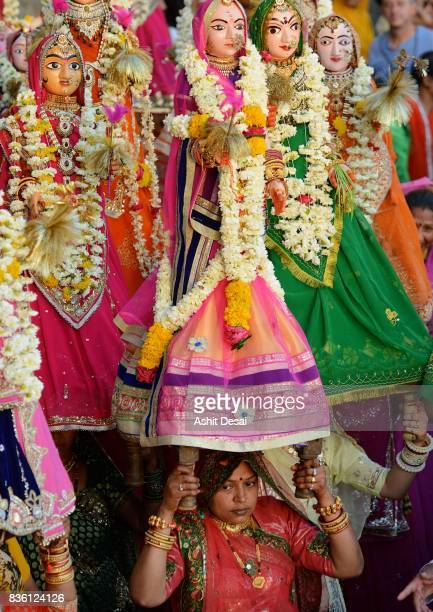 gangaur festival celebrations in udaipur, rajasthan. - harvest festival stock pictures, royalty-free photos & images