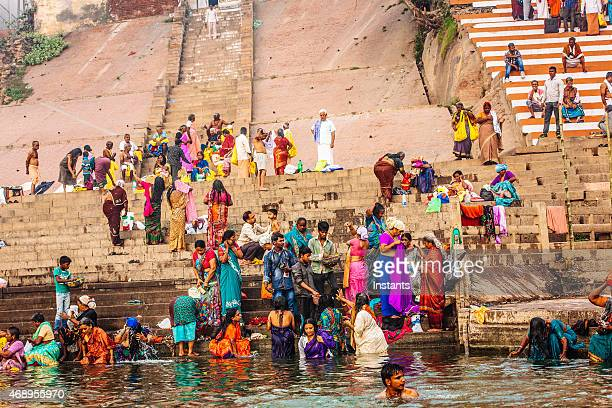 ganges river bathers - ganges river stock pictures, royalty-free photos & images