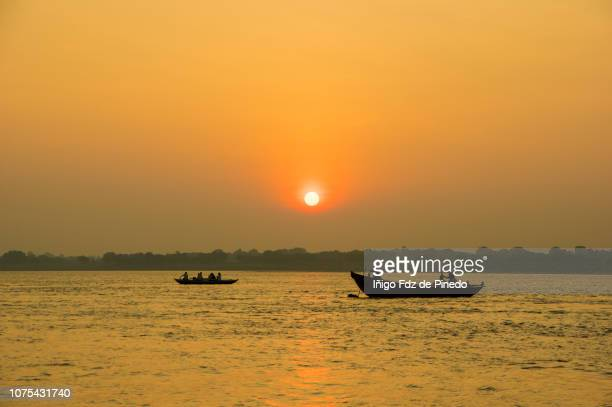 ganges river, varanasi, benares or kashi, uttar pradesh, india. - ganges river stock pictures, royalty-free photos & images