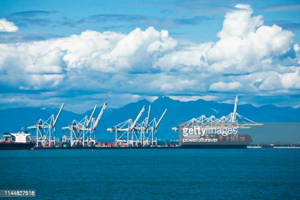 gantry cranes at the port of vancouver in british columbia, canada - powerofforever stock pictures, royalty-free photos & images