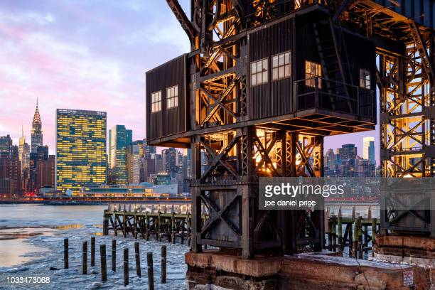 gantry plaza state park recreational dock, new york city, new york, america - state park stock pictures, royalty-free photos & images