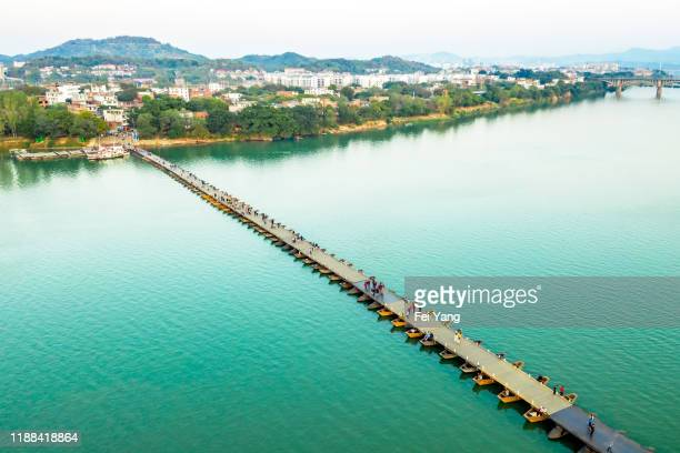 ganzhou ancient pontoon bridge - pontoon bridge stock pictures, royalty-free photos & images