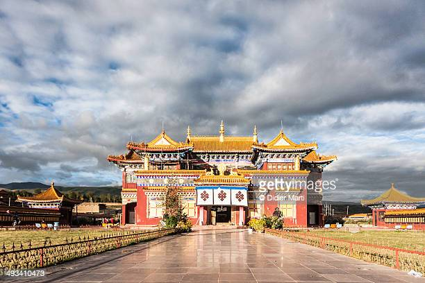 ganzi monastery - didier marti stock photos and pictures