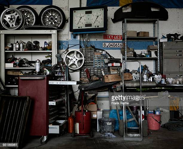 garage - auto repair shop stock pictures, royalty-free photos & images