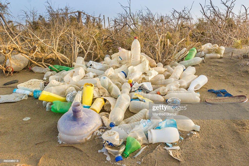 Garbage on the desert : Stock Photo