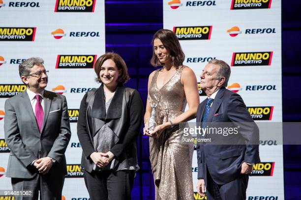Garbiñe Muguruza receives the best sportwoman of the year award during the 70th Mundo Deportivo Gala on February 5 2018 in Barcelona Spain