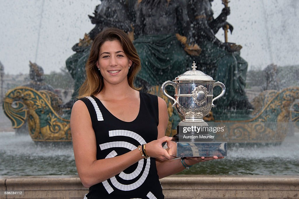 Garbine Muguruza Celebrates Her First French Open title At Place de La Concorde In Paris