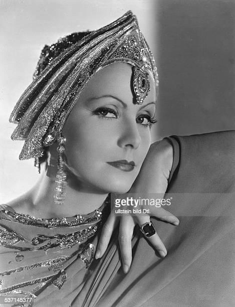 Garbo Greta Actress Sweden in the film 'Mata Hari' Directed by George Fitzmaurice USA 1931 Film Production MetroGoldwynMayer