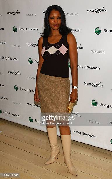 Garcelle BeauvaisNilon during Jessica Simpson and Nick Lachey Host Sony Ericsson T610/T616 'Shoot for the Stars' Charity Auction to Benefit The...