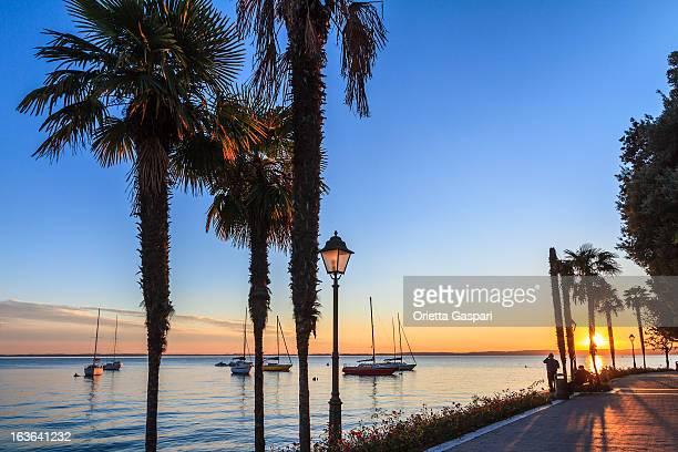 Garda al tramonto, Italia