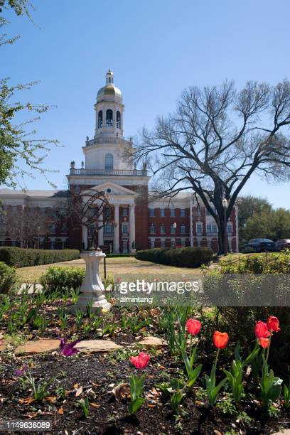 garden and pat neff hall in the campus of baylor university - waco stock pictures, royalty-free photos & images