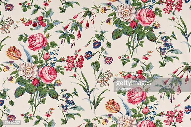 Garden Delight Medium Antique Floral Fabric