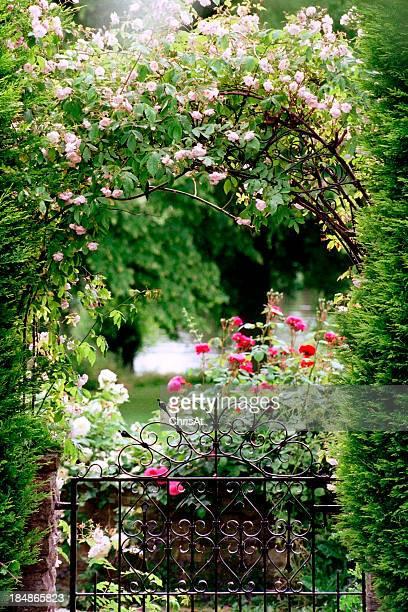 庭園のゲート